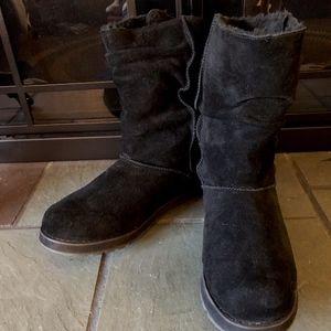 Skechers Women's Black Suede Mid Calf Boots